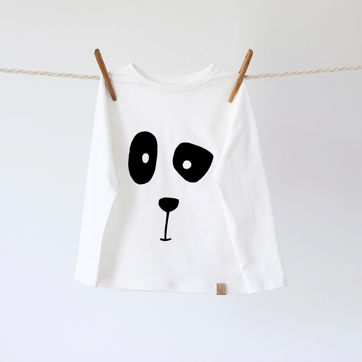 Wunschbrunnen Longsleeve Panda